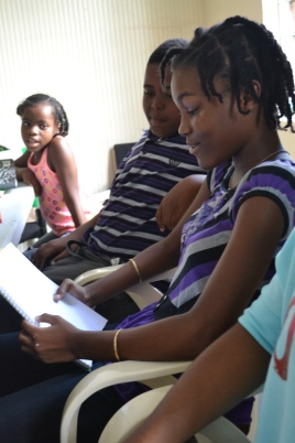 JSYWP participant sharing her writing (Photo by participant Kurne)
